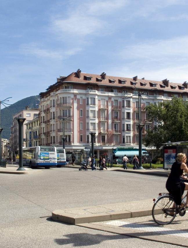 Immeuble d'habitation, milieu XIXe, rue Royale, Annecy.