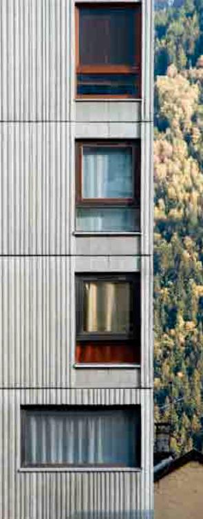 Immeuble d'habitation L'Outa, rue Docteur Paccard, Chamonix, 1966.